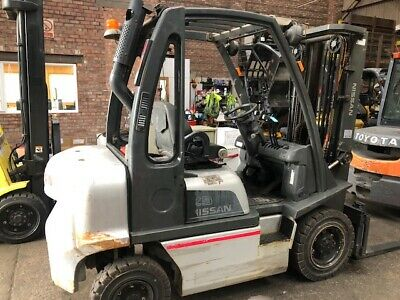 2011 Nissan Y1D2A25Q 2.5T Diesel Used Forklift Truck Container Spec LOW HOURS