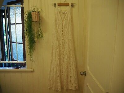 Vintage white lace dress, Button up front, Seam detailing, Size 10 or Small S