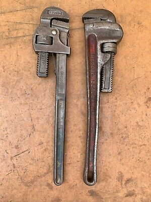 """A Pair Of Record 18"""" Pipe Wrench Stilson"""