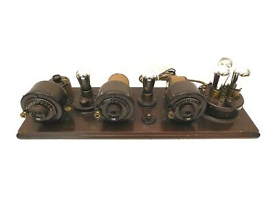 VINTAGE 1920s OLD NEAR MINT ATWATER KENT 4700 ANTIQUE BREADBOARD RADIO & TUBES