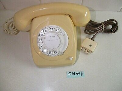 1983 RETRO LIGHT IVORY Telephone Working & Polished with Recall Facility Button