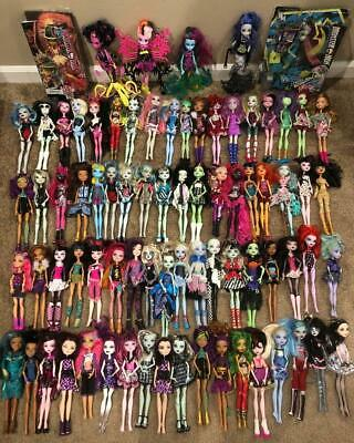 HUGE MONSTER HIGH Mattel 78 Doll Figure Lot Many w/ Shoes Clothes Two In Boxes!