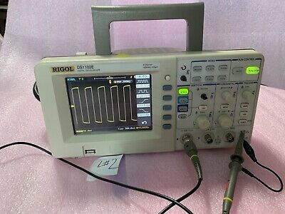 "RIGOL DS1102E Digital Oscilloscope 100MHz 1 GSa/s 2 channels  5.7"" USB L#2 NR"