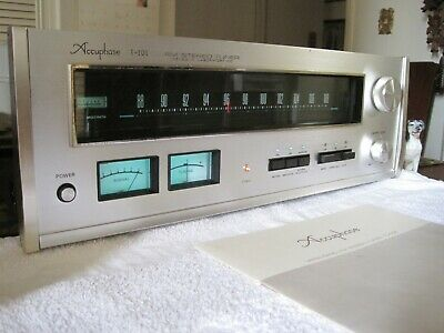 Accuphase T-101 FM Stereo Tuner - Very Fine