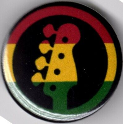 Small 25mm Lapel Pin Button Badge Novelty Jamaica Jamaican Flag