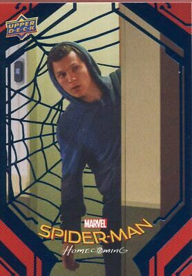 Spiderman Homecoming Blue Foil [99] Base Card #41 Sneaking Out