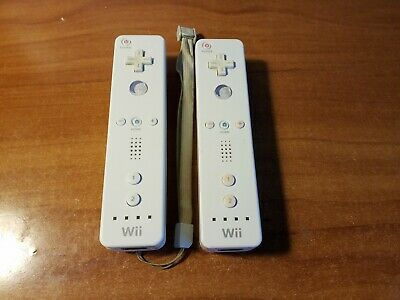 Lot of 2 Nintendo Wii Remotes *TESTED* 2x OEM White Wiimote RVL-003