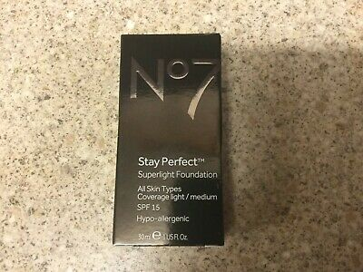 No7 STAY PERFECT SUPERLIGHT FOUNDATION SPF 15 30ml (Cool Beige)