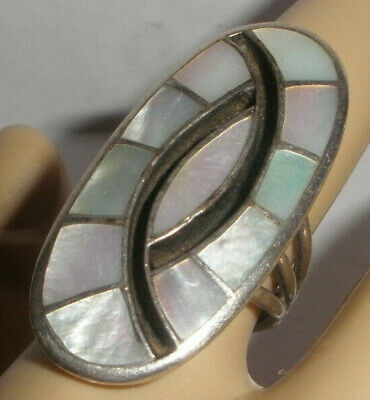 Beautiful Large vintage Old Pawn Navajo Mop Sterling Silver  Ring size 7