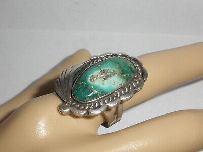 Beautiful vintage Old Pawn Navajo Turquoise leaf Sterling Silver Ring size 8