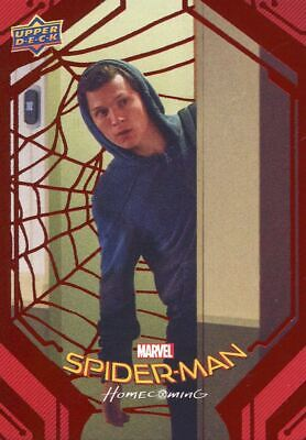 Spiderman Homecoming Red Foil [199] Base Card #41 Sneaking Out