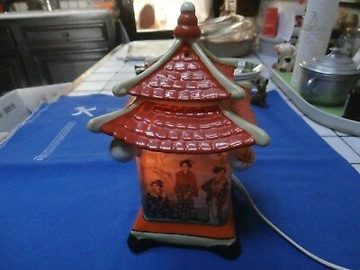 Lampe  Porcelaine  Pagode
