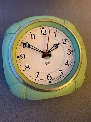 Vintage Smith Sectric Electric Wall Clock Bakelite Green