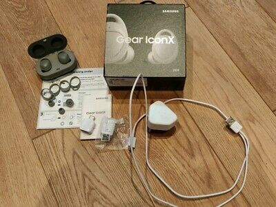 Samsung Gear Iconx 2018 Grey. Used condition. Fully working. Boxed