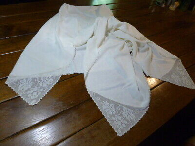 Vintage Beige Cotton Tablecloth  Figural Filet Crocheted Lace  Corners & napkins