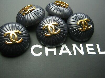 CHANEL 5 midnight navy blue buttons  21mm gold metal  cc logo, 5 pc