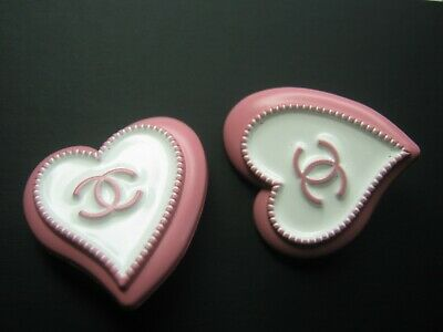 CHANEL 2  pink white BUTTONS  sz 23 X 22 mm   CC LOGO, 2 pc ADORABLE HEARTS