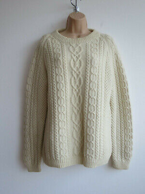 Vintage wool jumper handknit chunky Aran knit cream ivory cable knit S-M