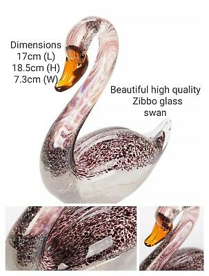Beautiful Hand Crafted Zibbo Glass Swan X 2 brand new in box nice pair