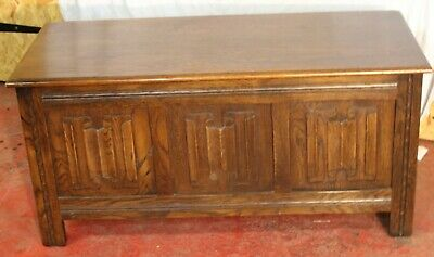 1960s Small Oak Coffer with Linen Fold Decoration