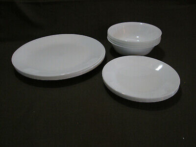 Lot of 12 Corelle Winter Frost 4 Dinner Plates and 4 Luncheon Plates, 4 Bowls