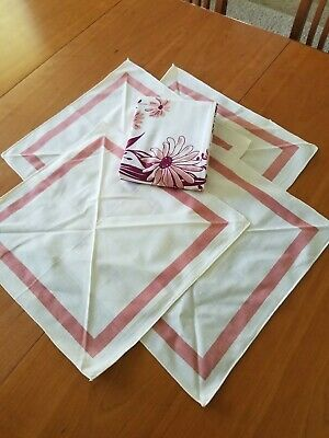 Vintage Mcm Tablecloth Pink Daisies Flowers Floral Print 48x51 Daisy Table Cloth