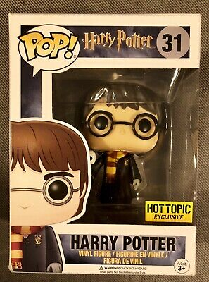 Funko Pop Harry Potter with Hedwig and Robes Hot Topic Exclusive #31
