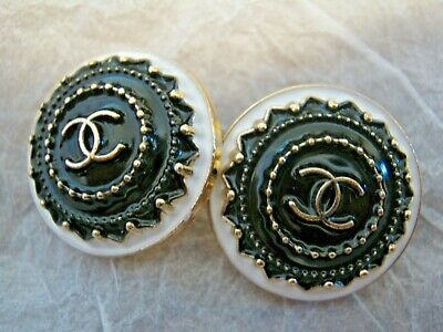 CHANEL 2 black white BUTTONS lot of 2 sz 21mm gold metal  cc logo, two
