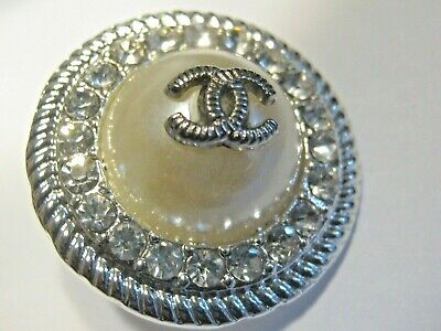 Chanel button silver CC Logo Authentic pearl with Crystals 23mm, 0.9''
