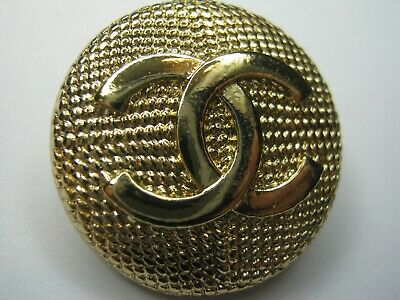 CHANEL 1 matte gold  BUTTON  sz 22mm gold metal  cc logo, 1 pc stamped