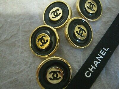 CHANEL 5 black GOLD  BUTTONS lot of 5 sz 17mm  metal  cc logo, 5