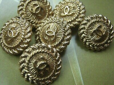 CHANEL 6 STAMPED BUTTONS lot of 6 sz 14mm  GOLD  cc logo, SIX