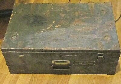 WWII US Military Army Signal Corps Chest CH-165 Two Section Crate