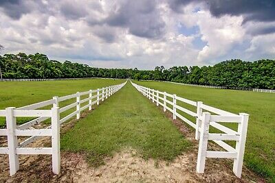 Stunning Equine Property & Farmhouse in Coastal Alabama