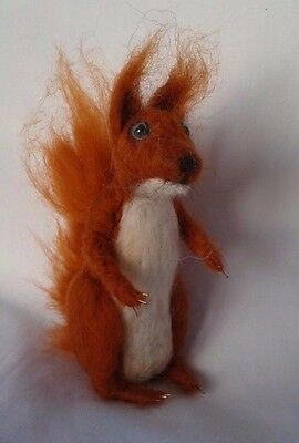 Squirrel Needle Felt Kit British wool UNBOXED WULYDERMY