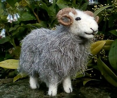 Herdwick British Rare Breeds sheep  needle felt kit  UNBOXED WULYDERMY