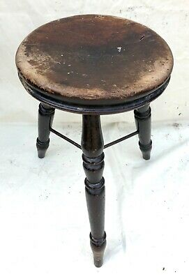 Antique Victorian Ash and Elm Farmhouse Kitchen Stool / Milking Stool : 3 Legs