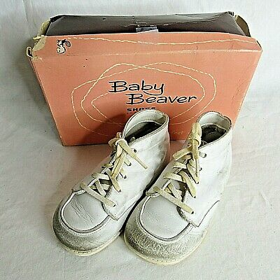 Vintage Baby Beaver Walking Shoes White Size 4 Tie Boots Mid Century Movie Prop