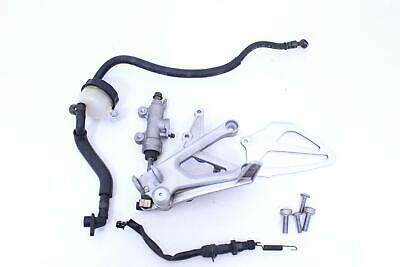 01-06 honda cbr600f4i REAR MASTER CYLINDER W RESERVOIR BRACKET AND PEDAL R7.BX3