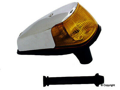 Partslink Number CH2521143 OE Replacement Jeep Liberty Passenger Side Parklight Assembly