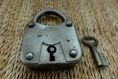 Antique Vintage Padlock with one key working order, hobby, logo, collector 11-04
