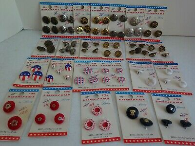 """NOS 24 Vintage Cards of LANSING '76 """"Americana"""" Buttons - Metal & Plastic, Flags"""