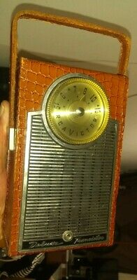 RCA Victor Delux TRANSISTOR RADIO 1-T-3 1960 leather alligator Print