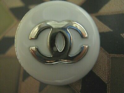 CHANEL 10 PRETTY BUTTONS WHITE SILVER 20mm ,  metal with  cc logo ten pc set