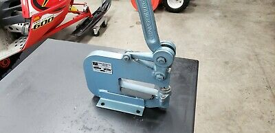 Roper Whitney Model 17 Sheet Metal Punch Capacity 5 Ton with Dies