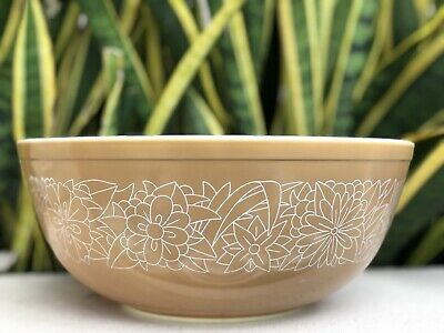 Vtg Pyrex Woodland 404 Bowl Tan Lt Brown Floral Mid Century White Glass Mixing