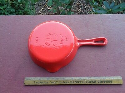 GRISWOLD Cast Iron RED & CREAM  No 4 Skillet Iron FRYING PAN Almost MINT