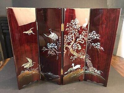 Vintage Mother Of Pearl Inlaid With Lacquer Asian 4 Panels Fantastic Details