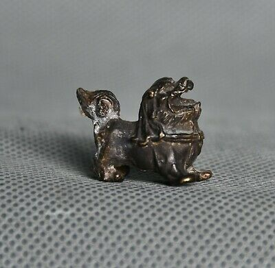 2cm Old Chinese Bronze Palace Feng Shui Foo Fu Dog Lion Sculpture