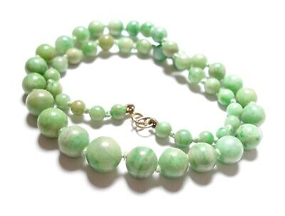 Beautiful vintage or antique Chinese jade necklace